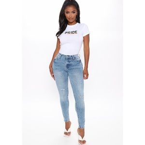 NWT! Fashion Nova Distressed Skinny Jeans